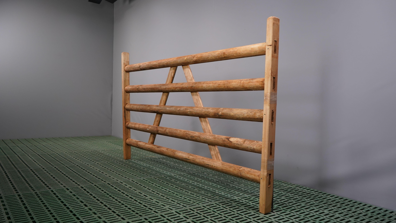 Holzhürde mit 5 Latten Länge 2,00 m