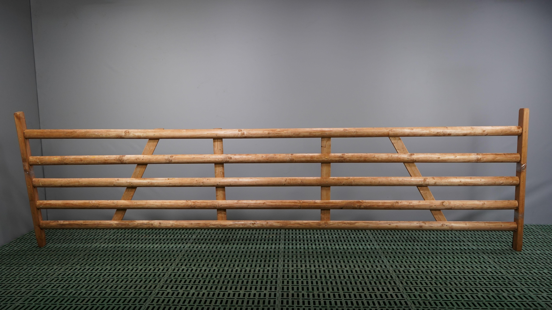 Holzhürde mit 5 Latten Länge 4,00 m